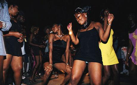 BBQ_dancers